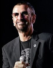 220px-Ringo Starr and all his band (8470866906).jpg