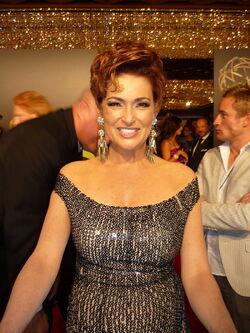 Carolyn Hennesy 2010 Daytime Emmy Awards.jpg