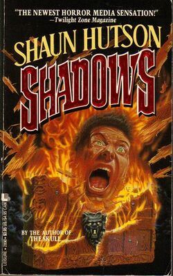 Shadows Shaun Hutson Leisure Books 1990.jpg