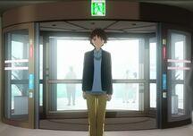 Taku entrando al hospital.jpg