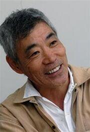 Akira Emoto.jpg