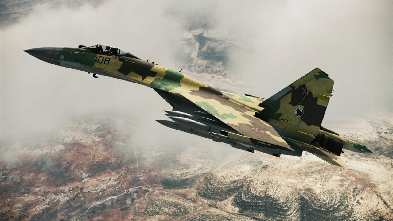 Su-35 in flight.jpg