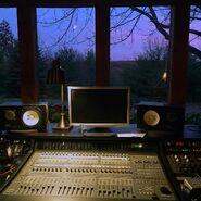 TB studio 03
