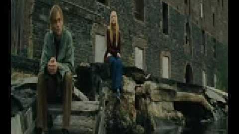 Blackbird (Evan Rachel Wood) - Across The Universe
