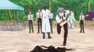 Sosuke picking up Uta's clothes