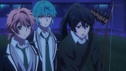 Kaoru telling Koya and Seijun it's locked.jpg