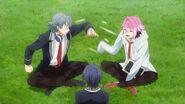 Sosuke trying to shake Uta's hand