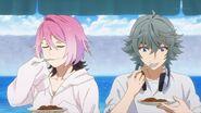Sosuke and Uta trying Saku's curry