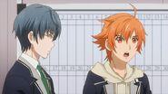 Hinata telling Ryo he was wearing a gray hoodie