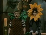 The.new.addams.family.s01e02.the.addams.family.goes.to.school097