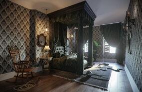 Отель в стиле Аддамсов - Clinton Hill-New York (4)