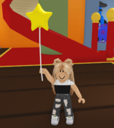 A player holding the Star Balloon