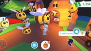 Player Taming Bee