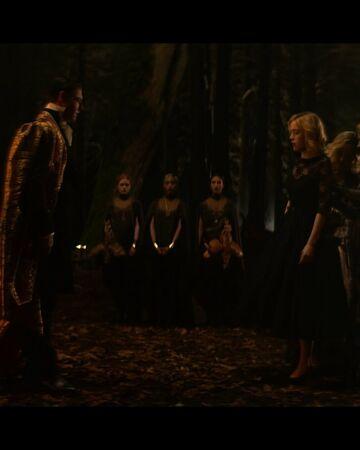 CAOS-Caps-1x02-The-Dark-Baptism-100-Father-Blackwood-Sabrina-Hilda-Zelda-Dorcas-Prudence-Agatha-Dark-Baptism.jpg