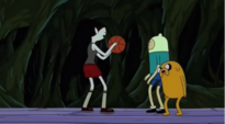 Marceline-plays-basketball-with-finn-jake-and-simon-ice-king-and-marceline-club-34046501-851-469 (1)