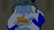S9e2 Ice King eating apple pie