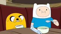 S10e2 Jake and Finn eating 3