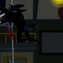 S5e29 Marcy fighting crabbit familiar.png