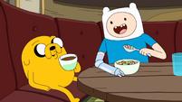 S10e2 Finn and Jake eating 2