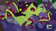 S3e13 zombies biting Finn