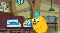 S6e16 Jake gobbling up cake
