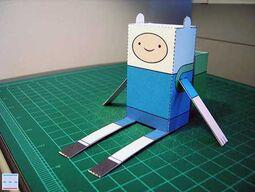 Adventure-time-paper-toy-finn-1-