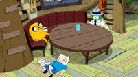 S10e2 Finn under table