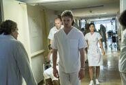 Damien S1E06 03 Damien hospitalized