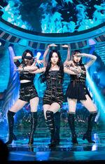 Karina Inkigayo 21.05.30 9