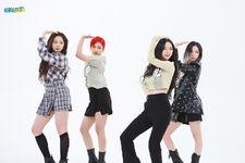 Aespa Weekly Idol 21.05.26 6