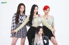 Aespa Weekly Idol 21.05.26 4