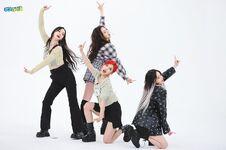Aespa Weekly Idol 21.05.26 7