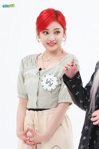 Ningning Weekly Idol 21.05.26 8