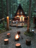 Rustic 70's A-Frame with a cozy modern interior - Glacier