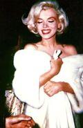 Glam Marilyn
