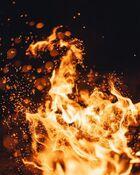 Crakling fire