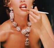 Glam Monroe