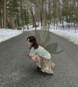 Fairy grunge girl 2.jpg