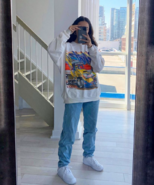 Fan outfits account on Twitter