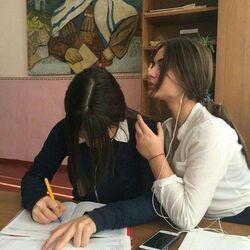 Schoolgirl-friends.jpg
