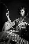 Femme-fatale-black-white-smoking-baddie