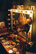 Theater-makeup