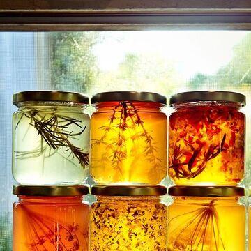 Herb-Infused Honey.jpg
