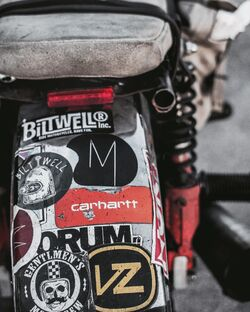 Motoculturel-lX Walm1Bps-unsplash.jpg