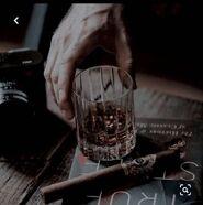 Whiskey-cigar
