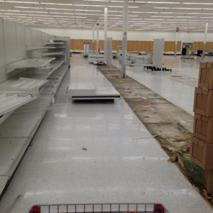 Eerie photos of abandoned malls, big-box and chain stores.png