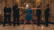 Taylor-Swift-Dance-Moves