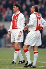Marco van Basten en Johan Cruijff