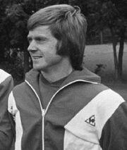 1975)KickSeegers.jpg