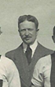 ChrisHolst-voorzitterin1911.jpg